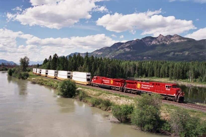 Canadian Pacific Announce Fourth-Quarter 2012 Results