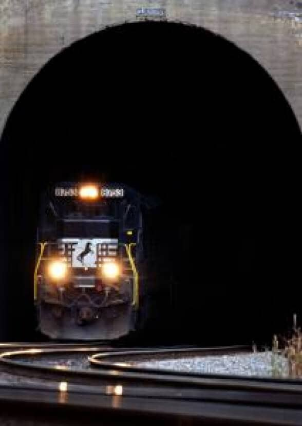 Norfolk Southern Plan $2bn Spend on Improvements in 2013