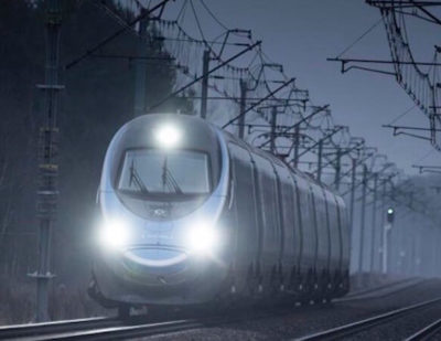 Alstom's-Pendolino-high-speed-trains-1