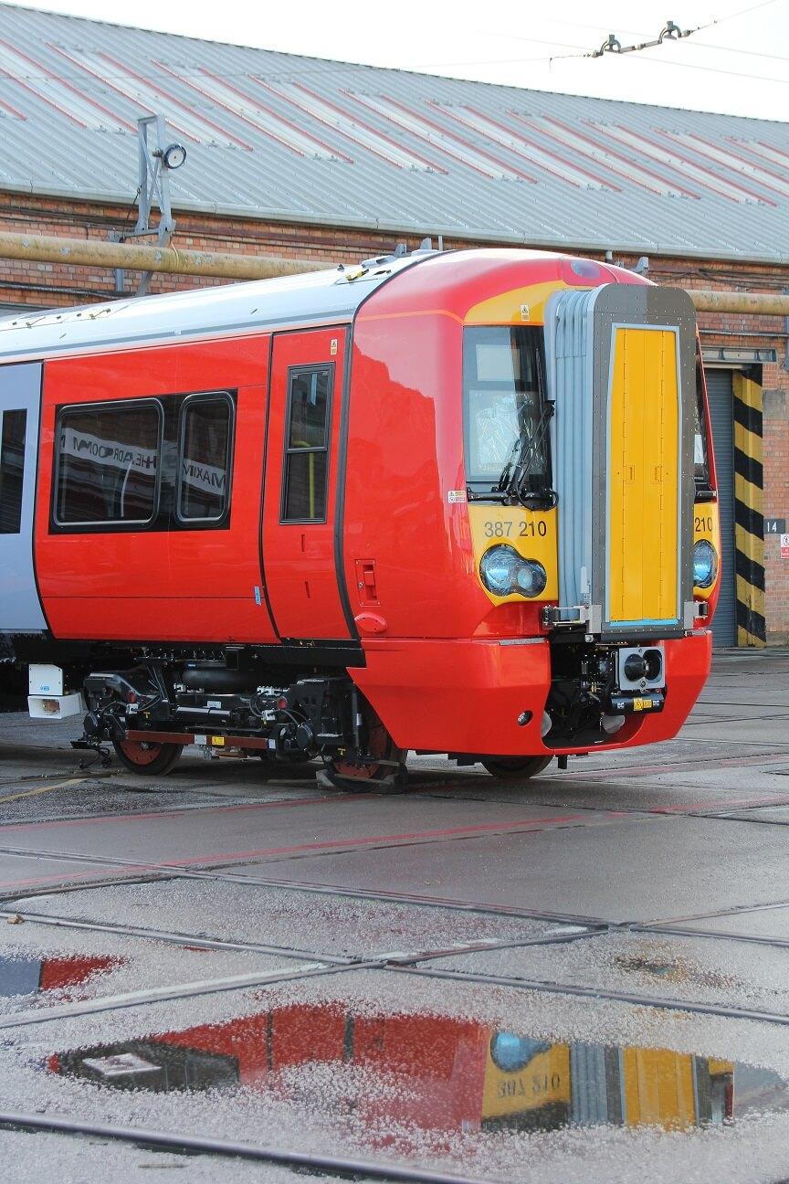 Uk Gatwick Express Class 387 2 Elctrostars Enter Service