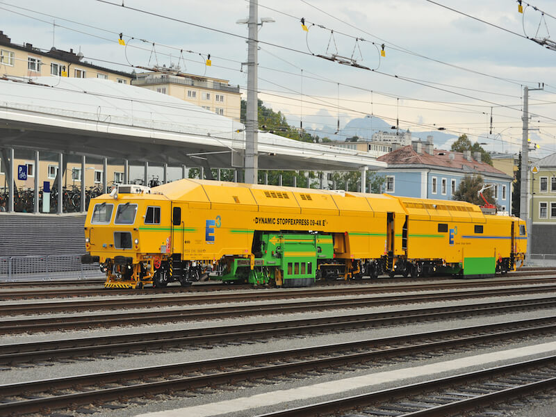 Dynamic Tamping Express 09-4X E³