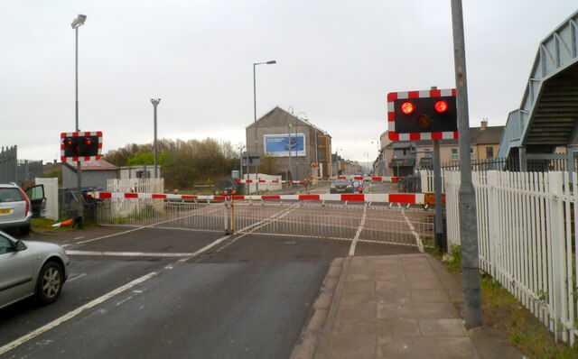 Llanelli railway crossing to close for repairs