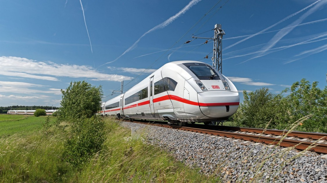 ICE 4 High-Speed Train © Siemens