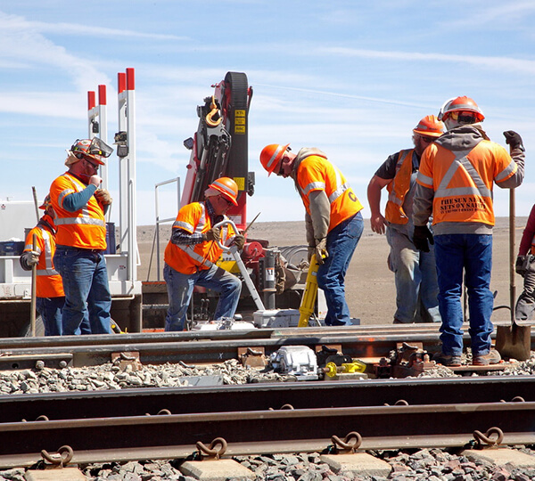 BNSF Will Spend $450 Million More in 2013 in Capital Spend