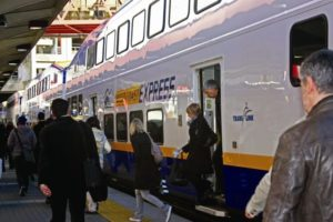 Bombardier Launches Crewing Services for West Coast Express