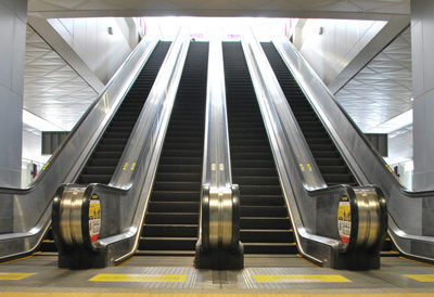 Mitsubishi Electric Deliver MRT Purple Line Escalators