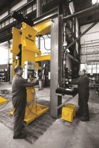Mechan Lifting Jacks for IEP trains