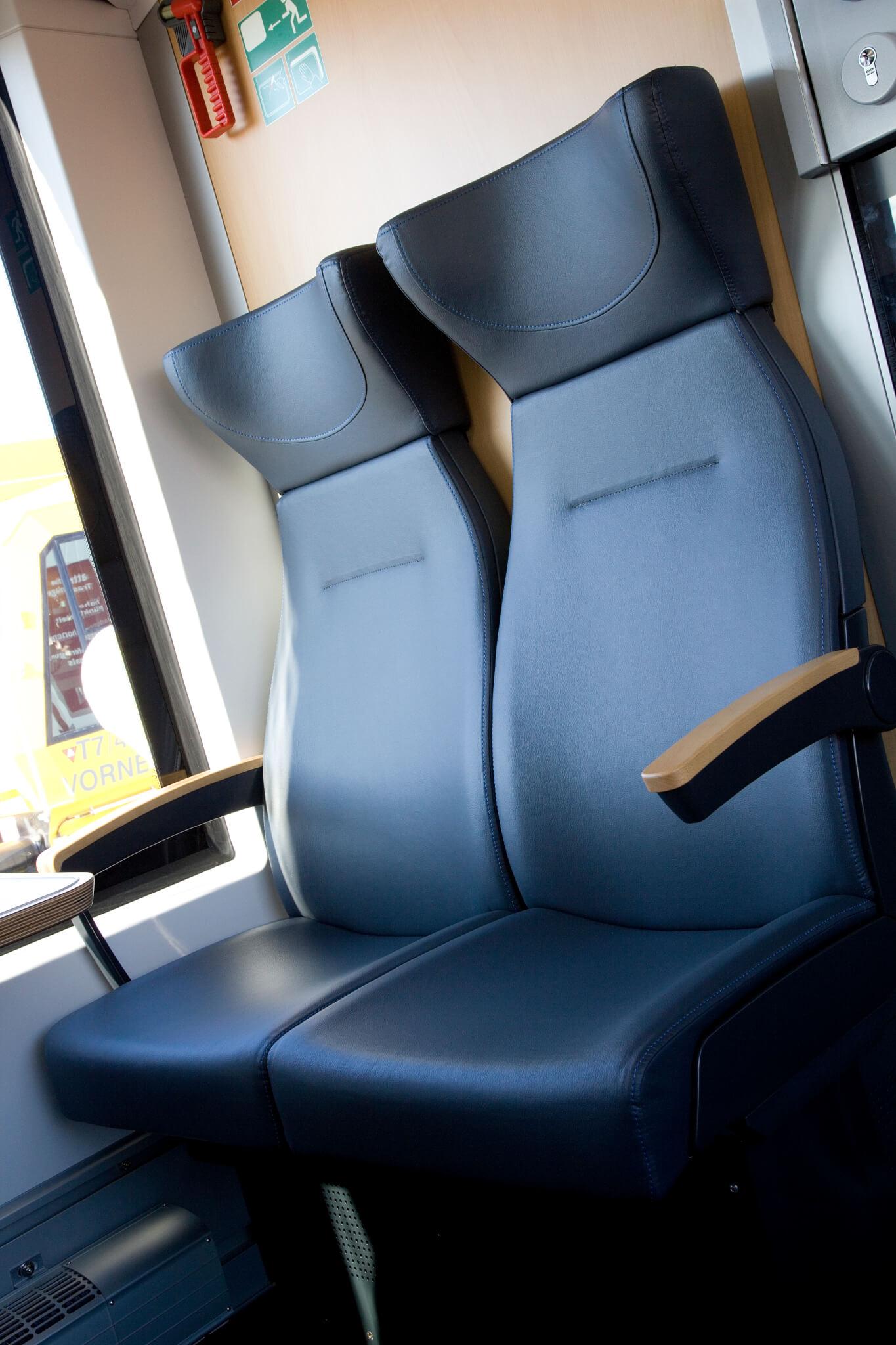 Full ELeather Seating