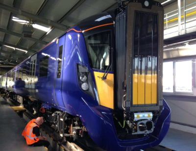 First Electric Train Runs Between Edinburgh and Glasgow