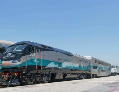 Metrolink Rolls Out 'Cleanest Fuel-Powered Locomotive in the Country'