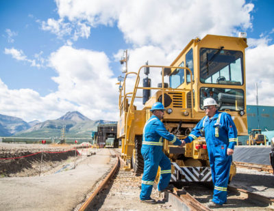 Trackmobile Partners in Oil-Gas companies