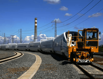 Trackmobile Pulling High Speed Rail China