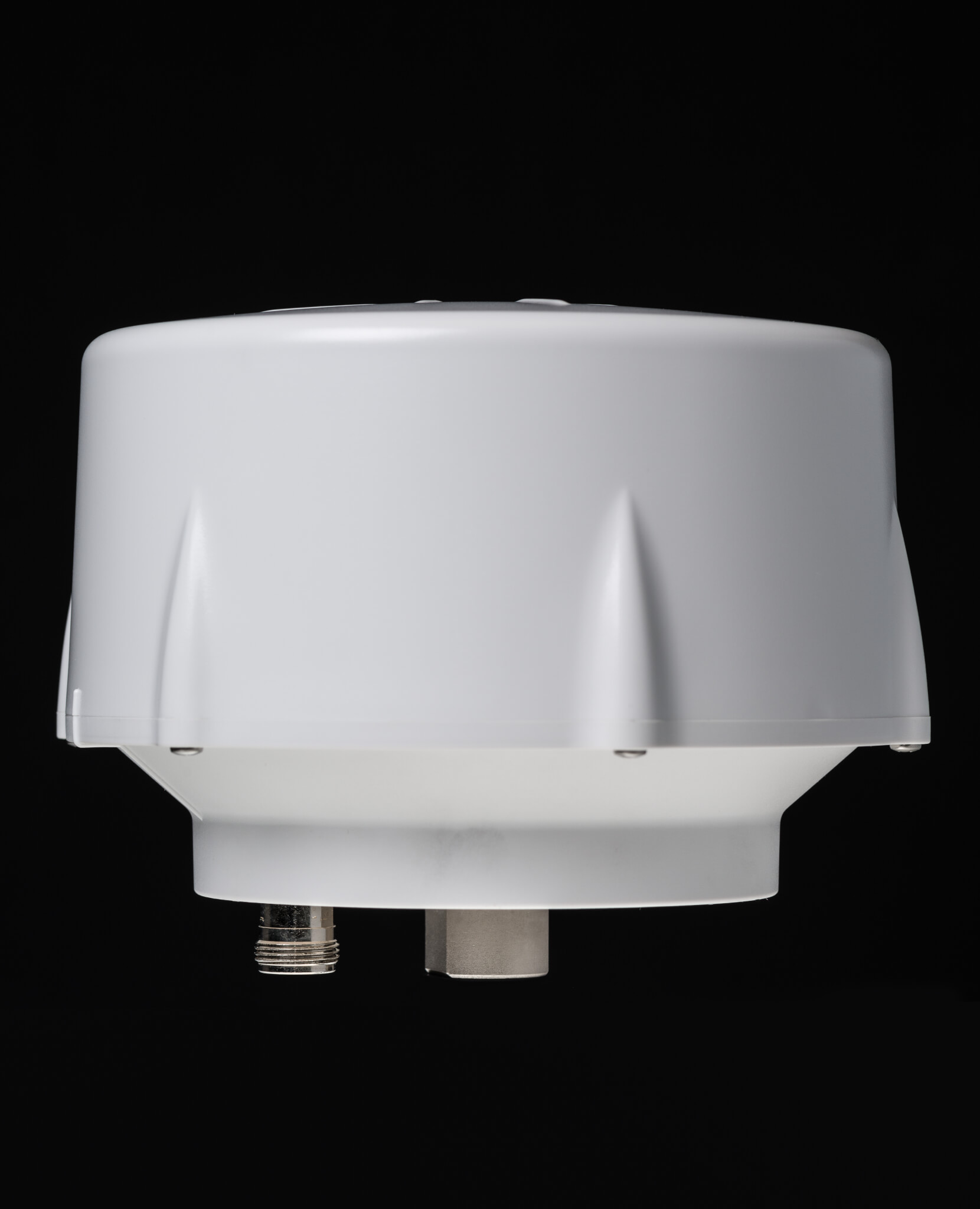 VP6300 Antenna employed in RTK reference stations to enhance positional accuracy of rolling assets