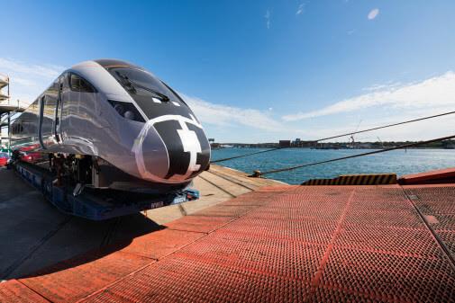 Nova 1 bi-mode train for Trans-Pennine Express