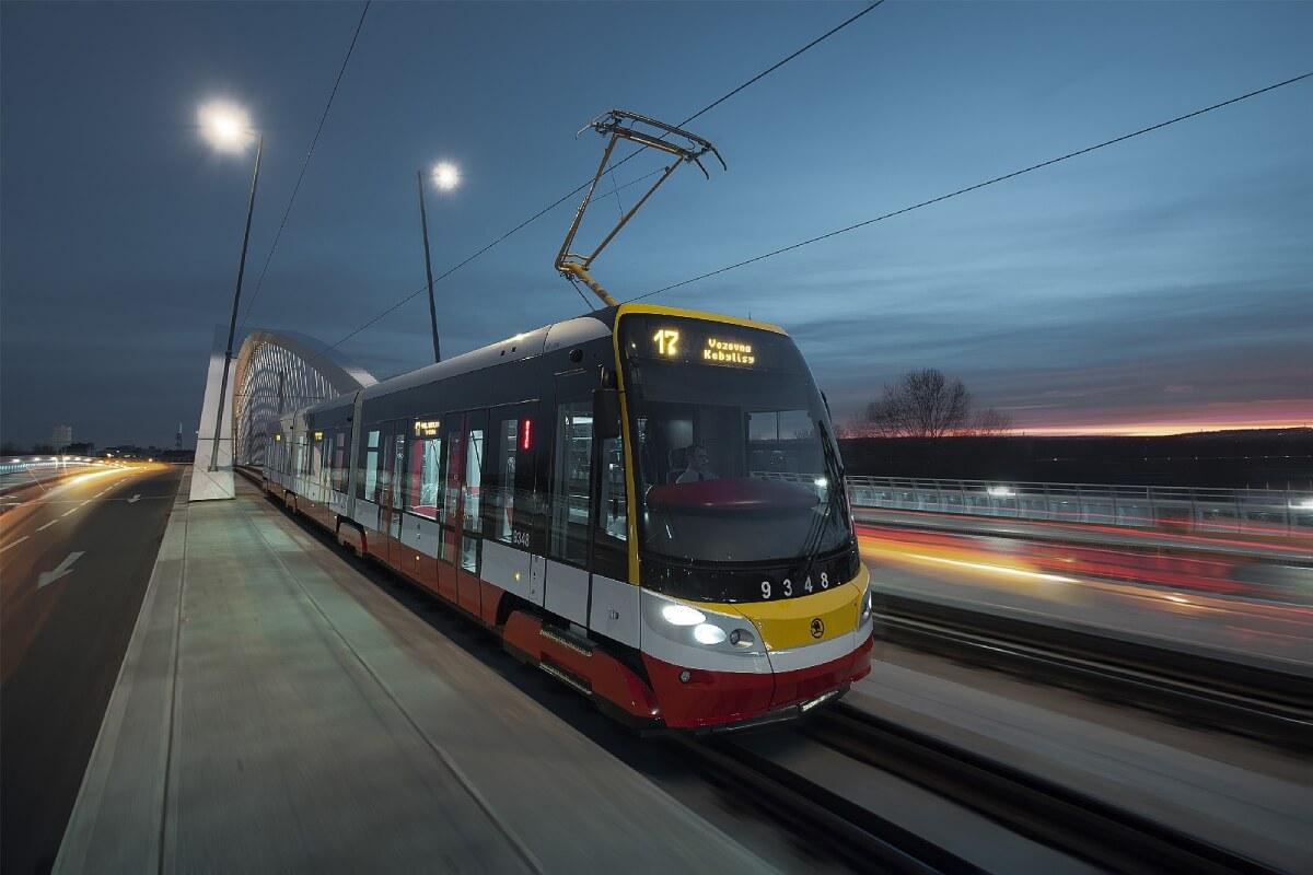 Škoda ForCity Alpha Tram