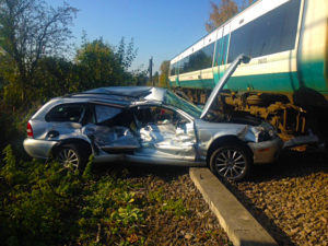 1 in 7 Drivers Risk Their Lives at Level Crossings Every Day
