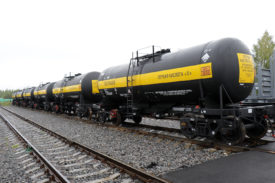 UWC wins tank car tender