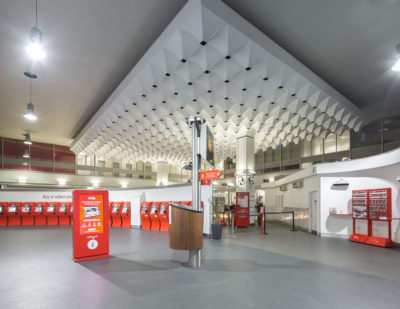 Altro Transflor Tungsten installed in the Virgin Ticket Hall at London Euston Station