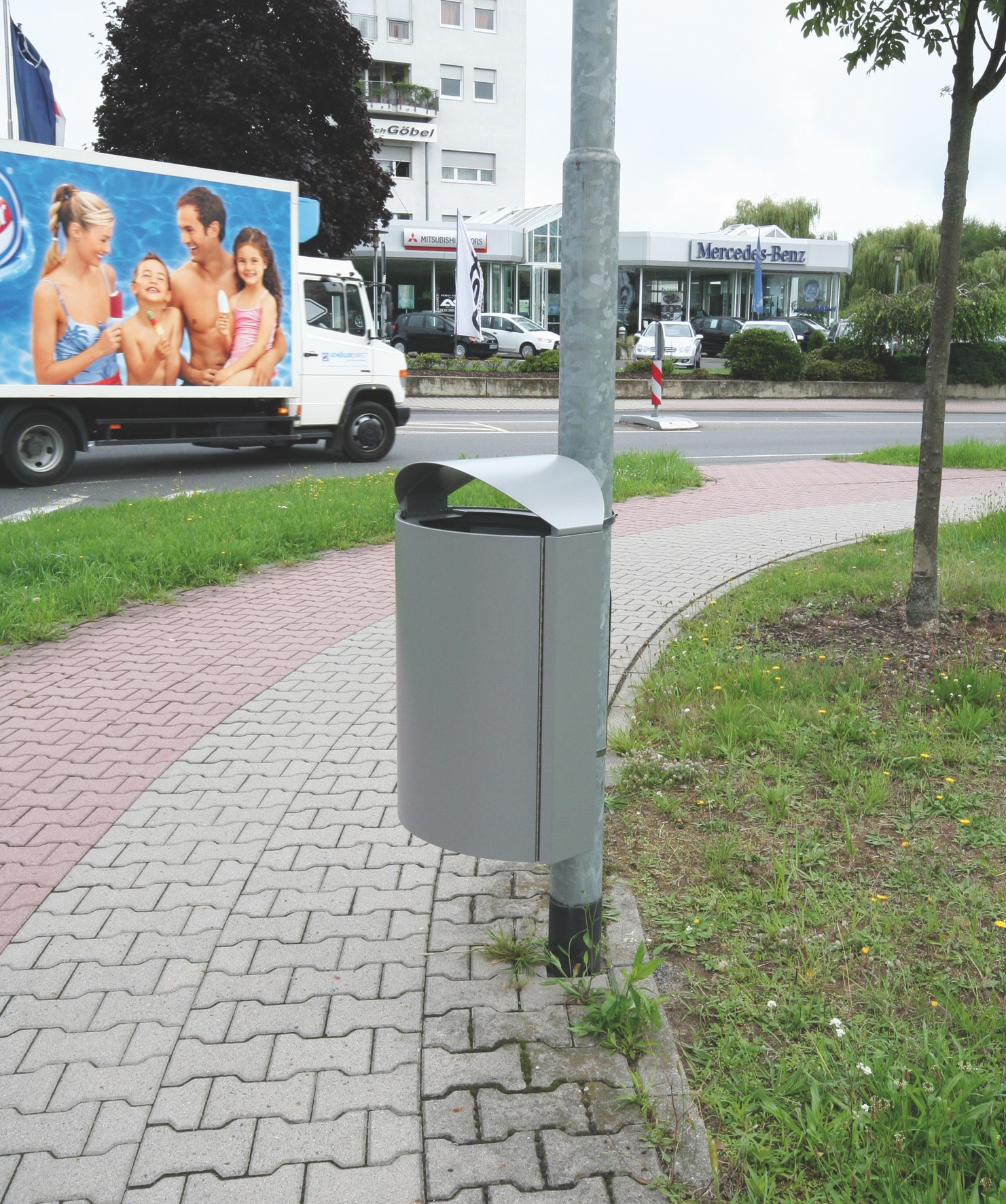 AUWEKO CAPITAL Litter Bins