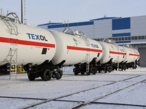 UWC articulated tank cars for LPG