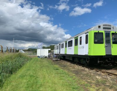 Vivarail Battery Train Wins Environment Award