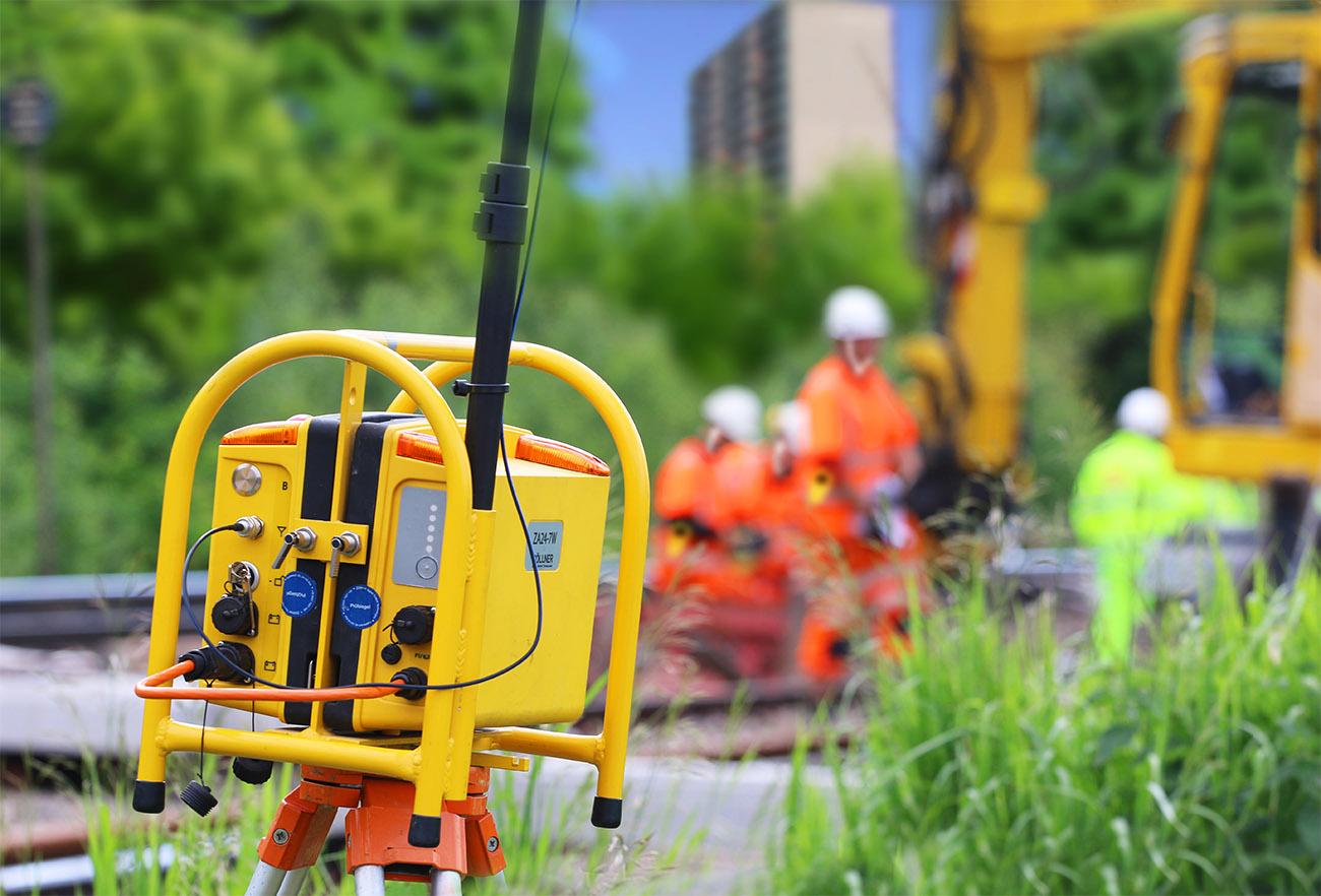 MRWS Mobile Radio Warning System