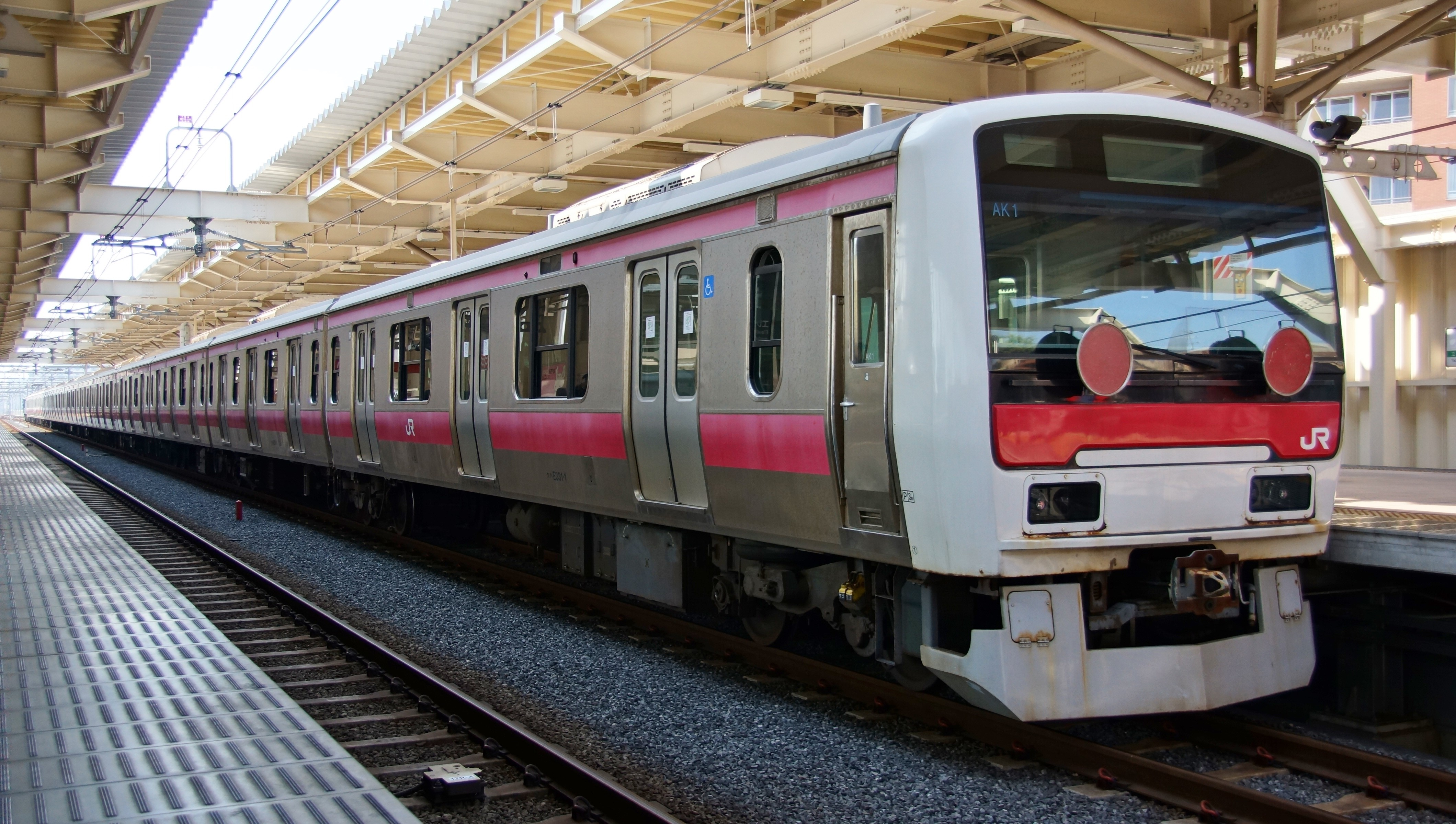 CRRC Performs Type Test for Permanent Magnet Direct Drive Electric Locomotive