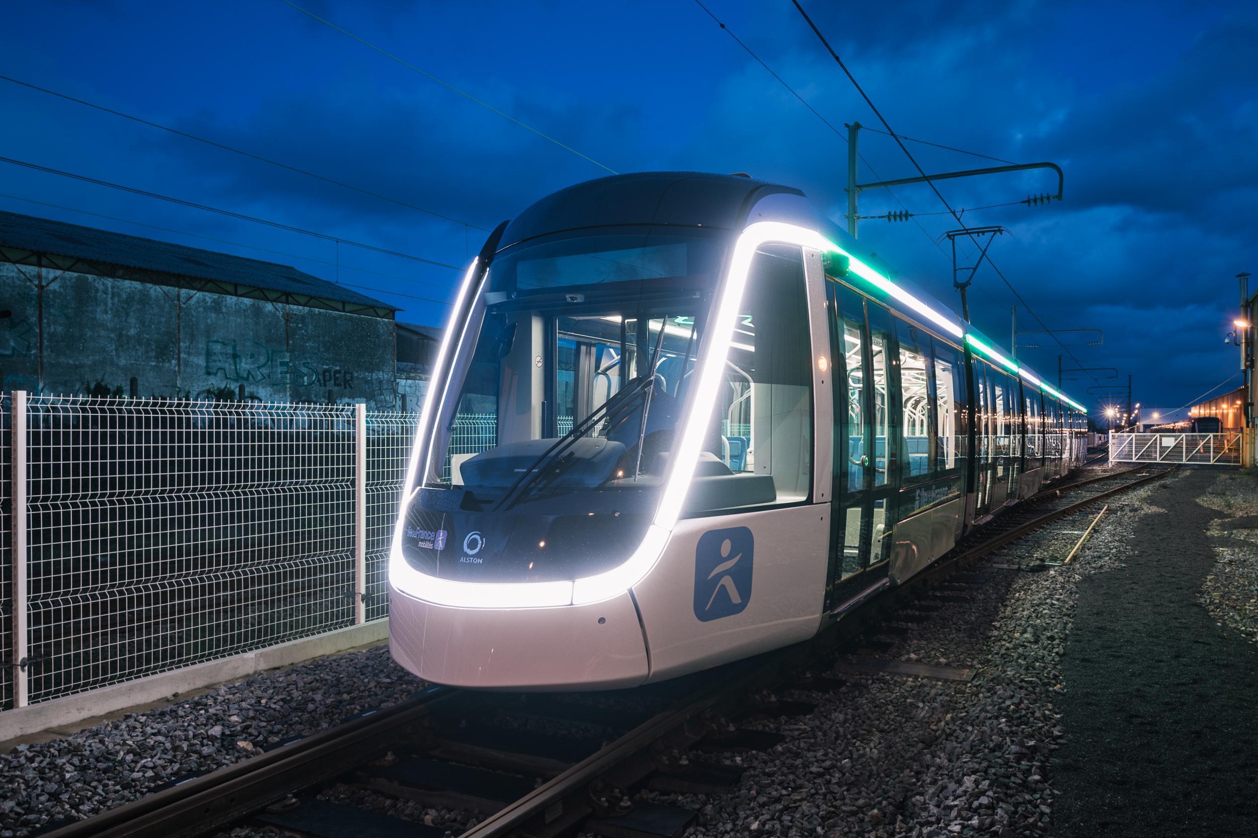 Alstom Citadis X05 Tram for T9 Ile-de-France line