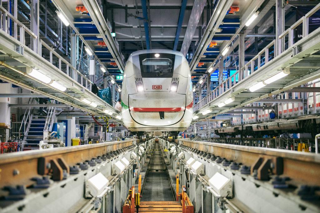 Deutsche Bahn ICE 4 in shop