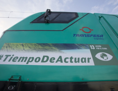 Transfesa Logistics Locomotive Spreads #TimetoAct Message