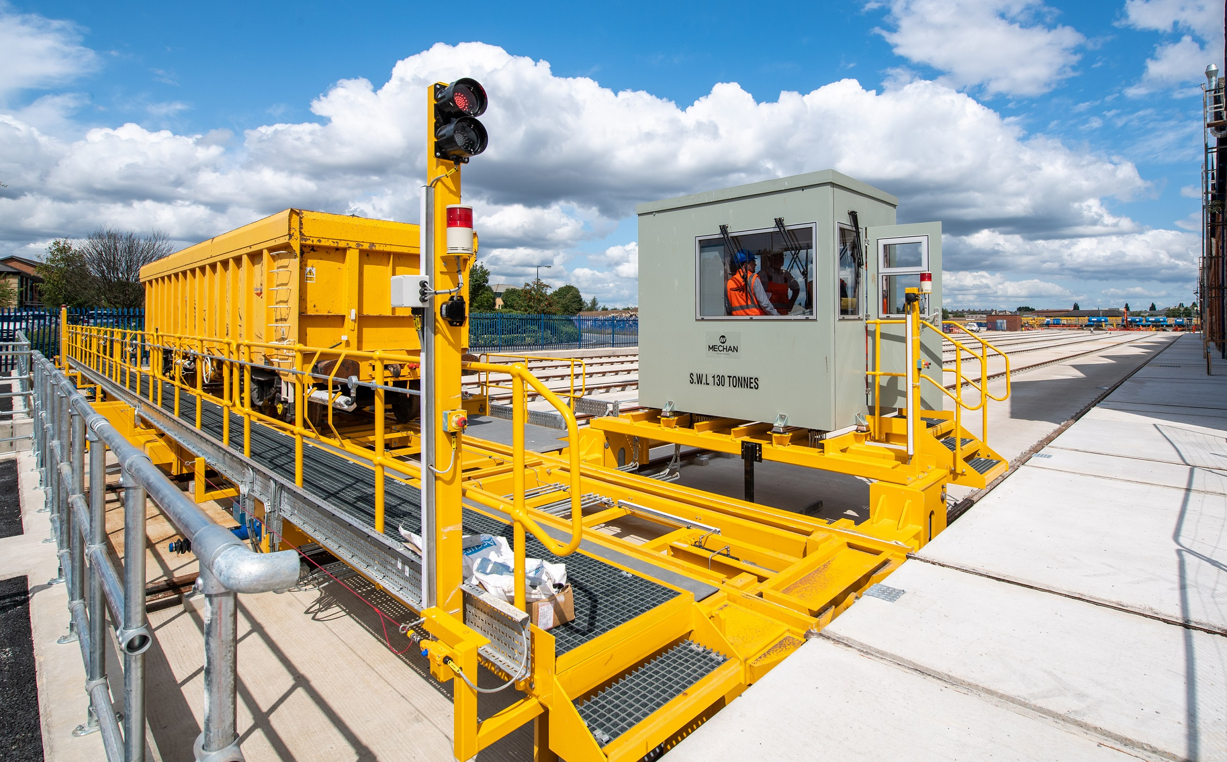 traverser and lifting jacks a network rail facility