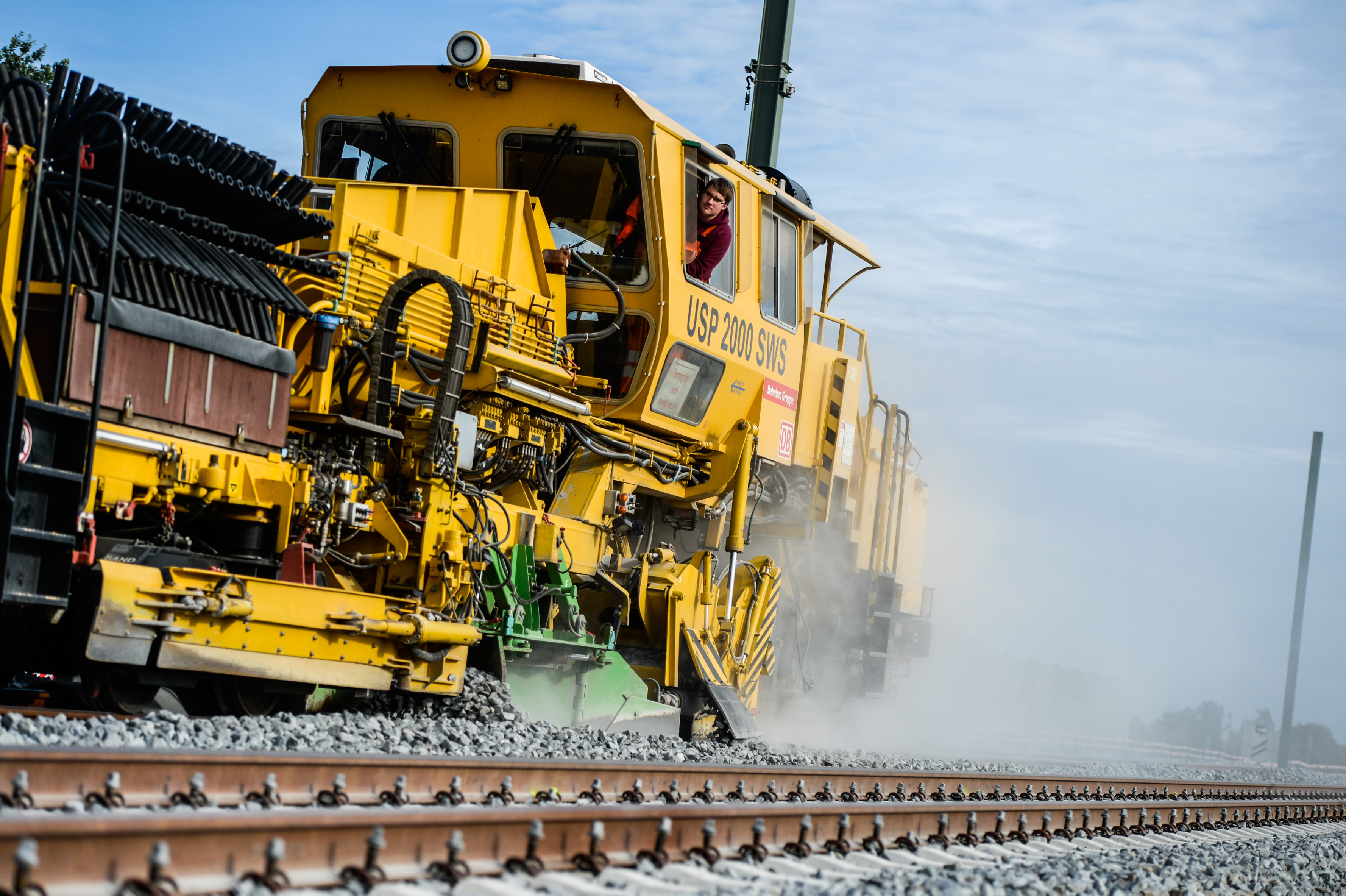 DB makes 12.2 billion infrastructure investment in 2020