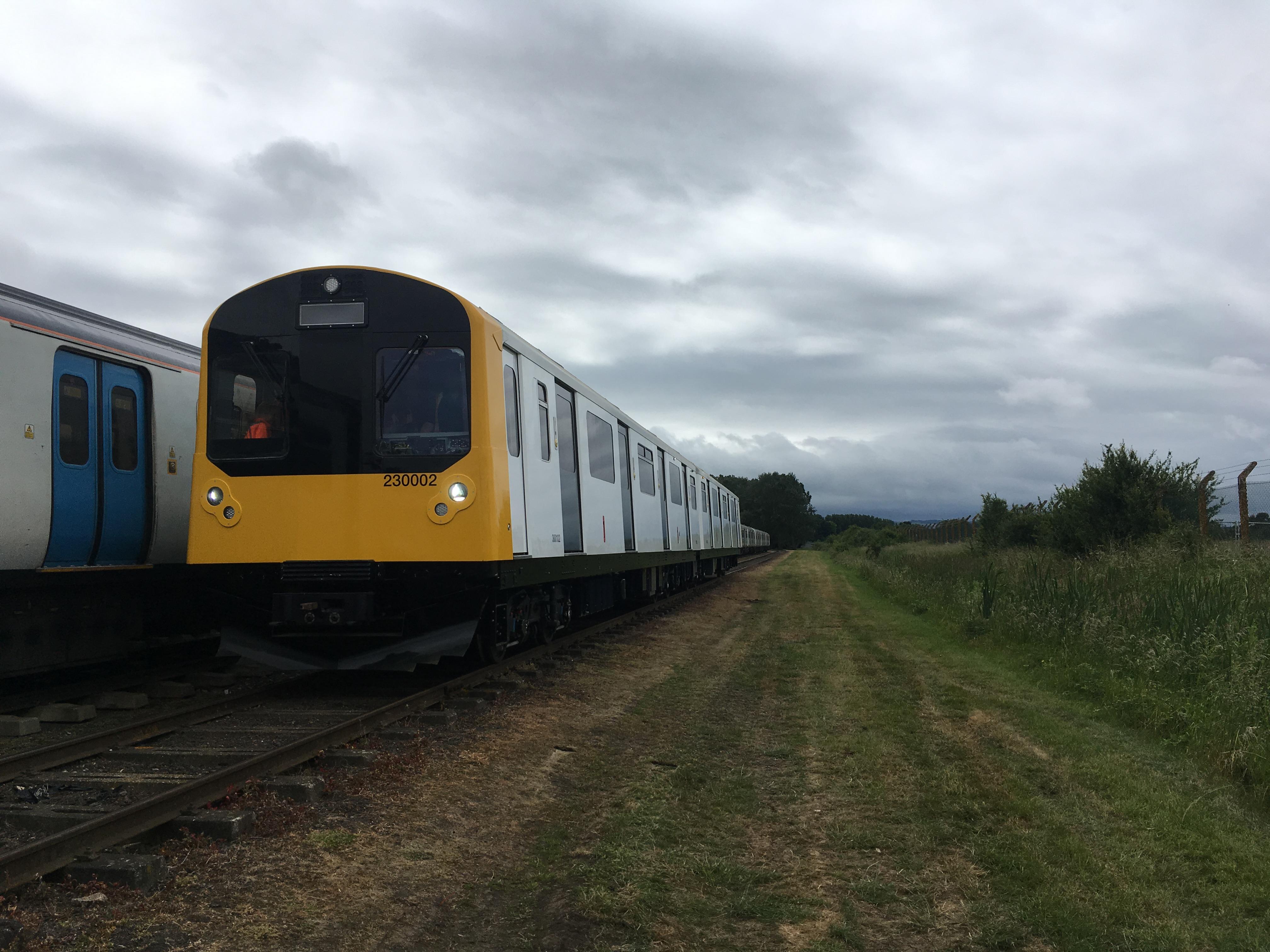 Vivarail Class 230 BEMU