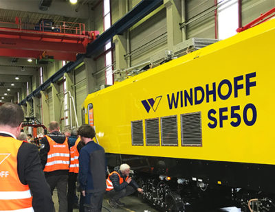 WINDHOFF Present Rail Grinding Vehicle SF50 – An Information Exchange