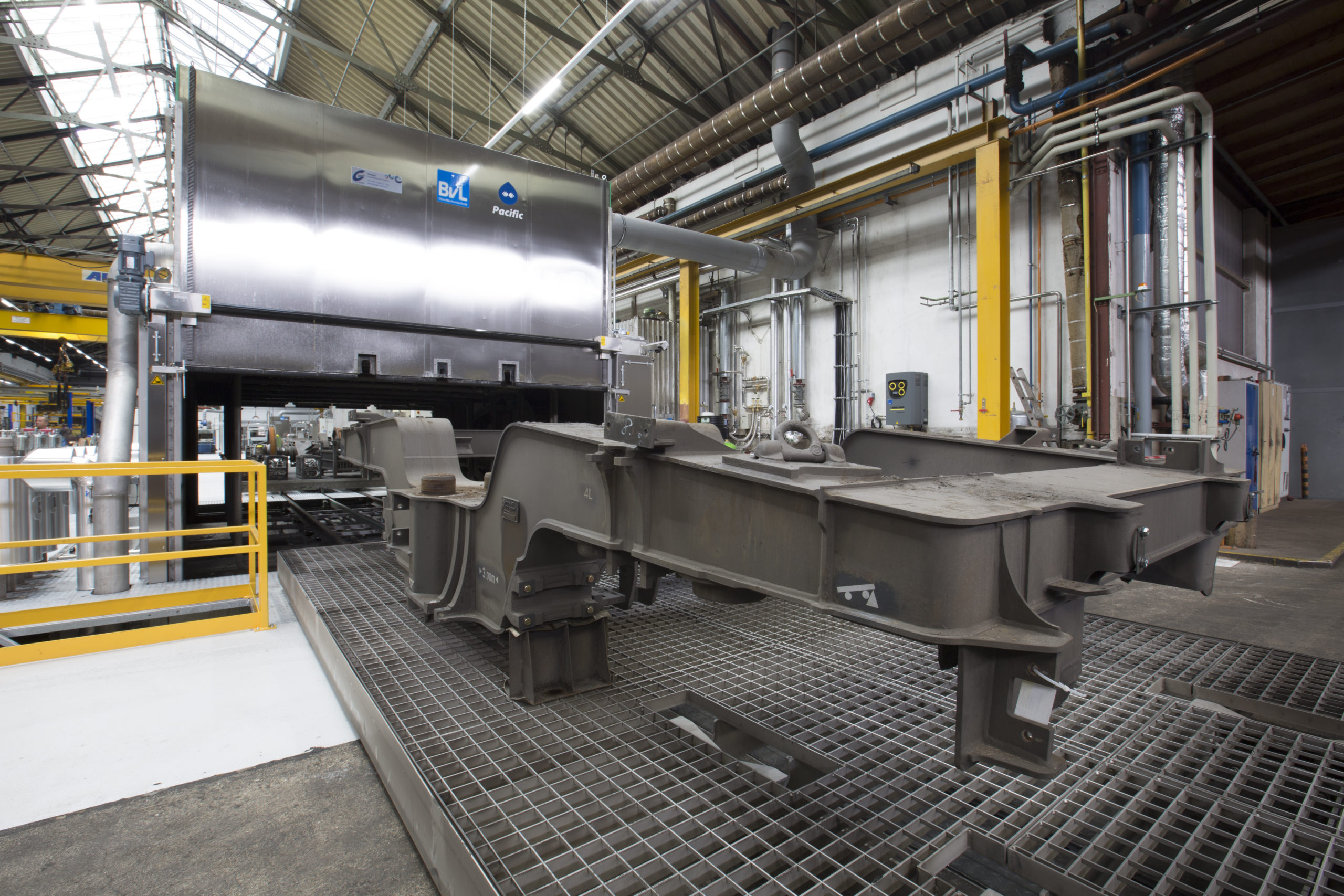 Cleaning system PacificTA ensures reliable cleanliness for heavy bogies and allows loading from both sides