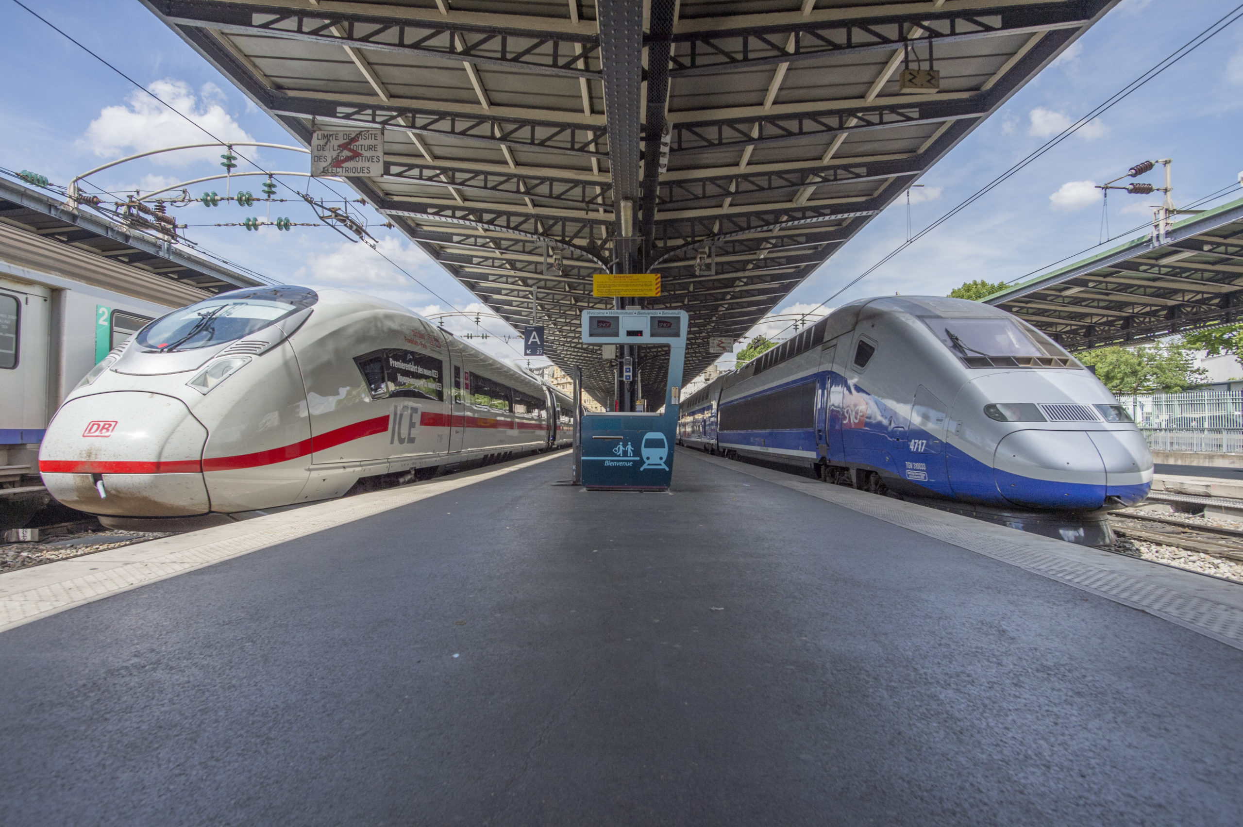 ICE and TGV side by side in Paris