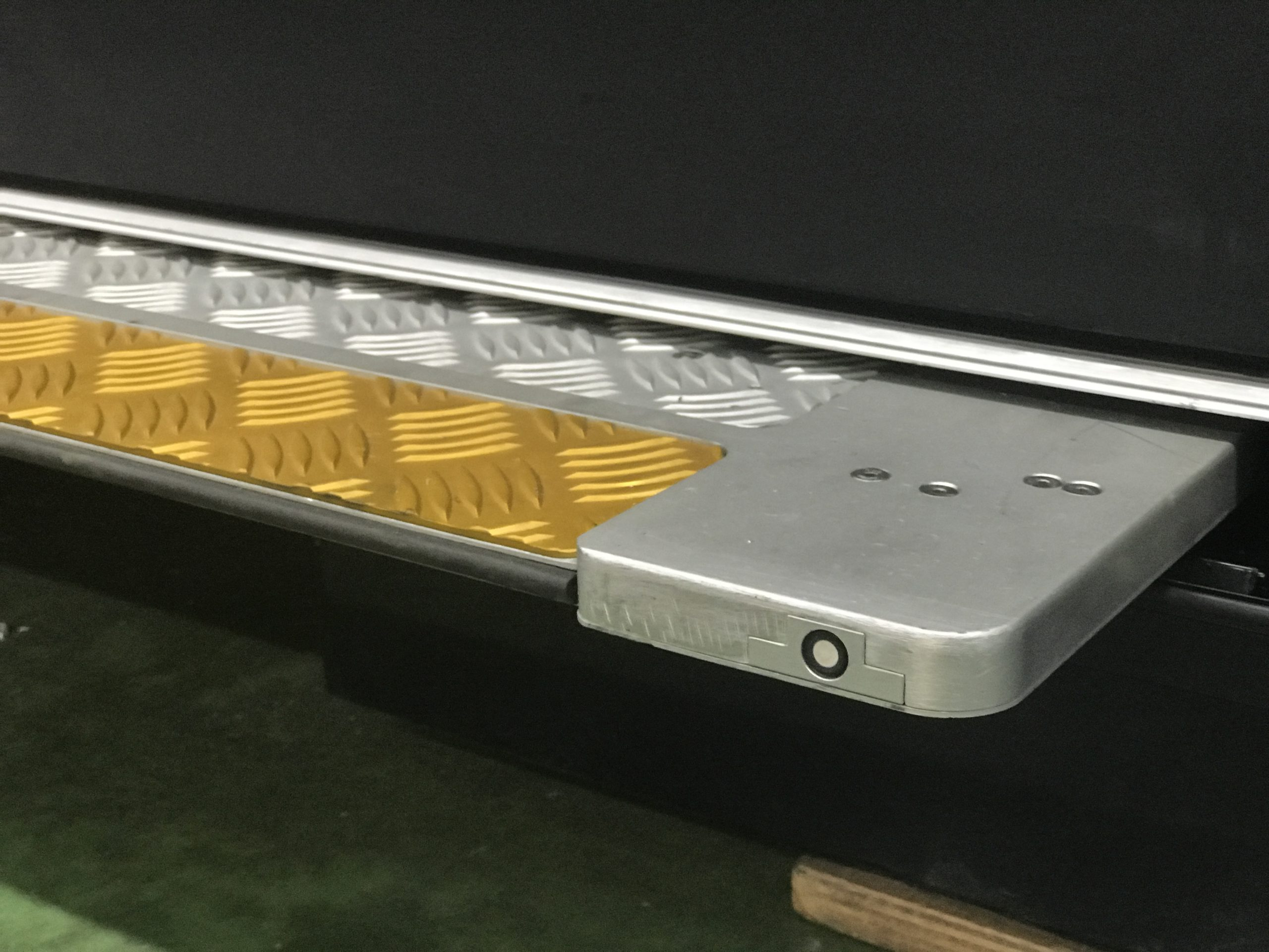 Contactless Sliding Step Ramp RF2