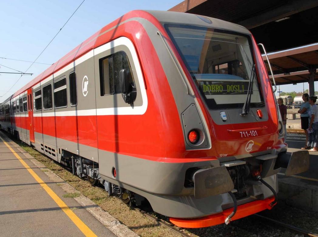 A Metrowagonmash DMU for Serbian Railways