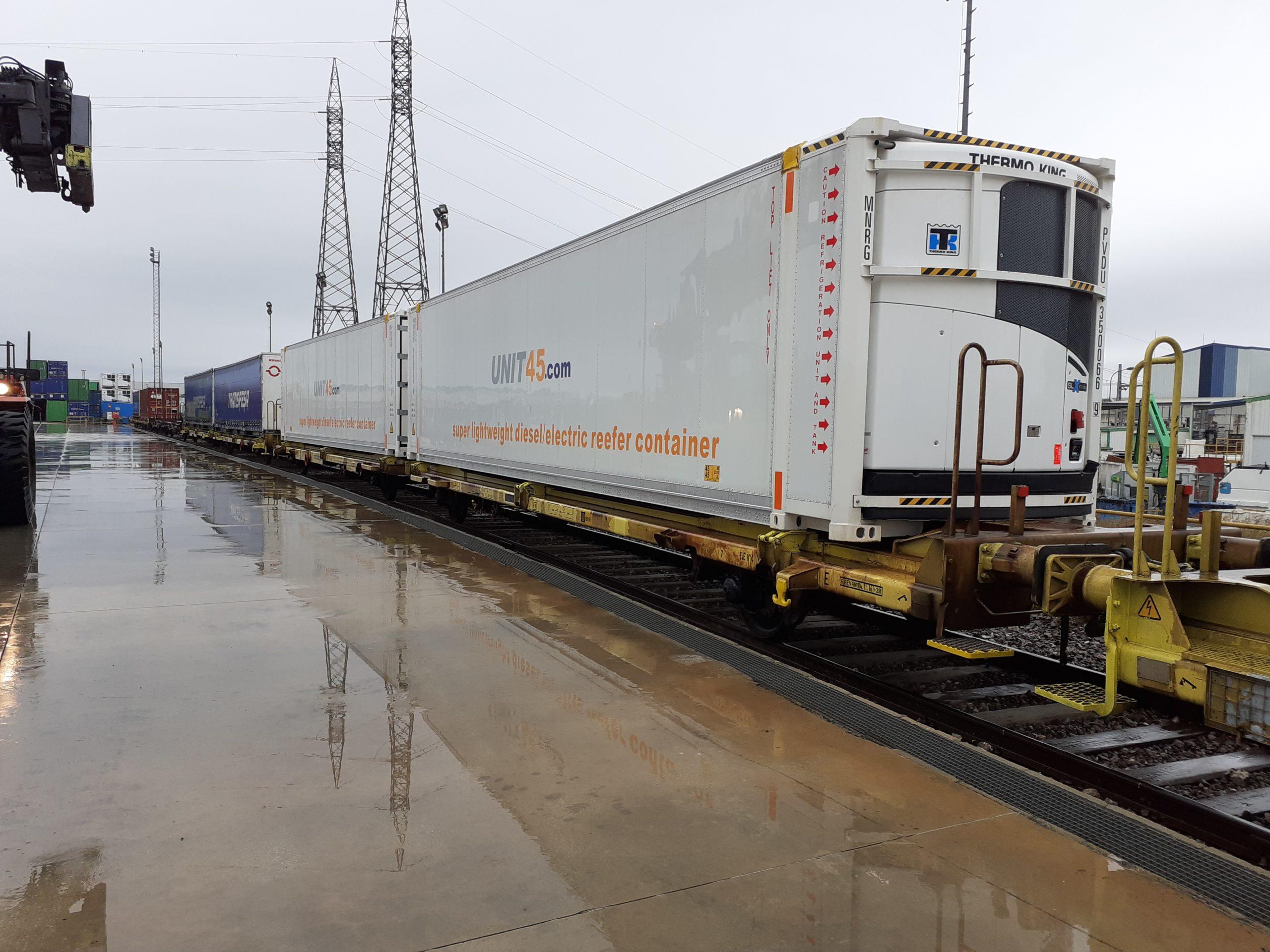 Transfesa Logistics refrigerated car