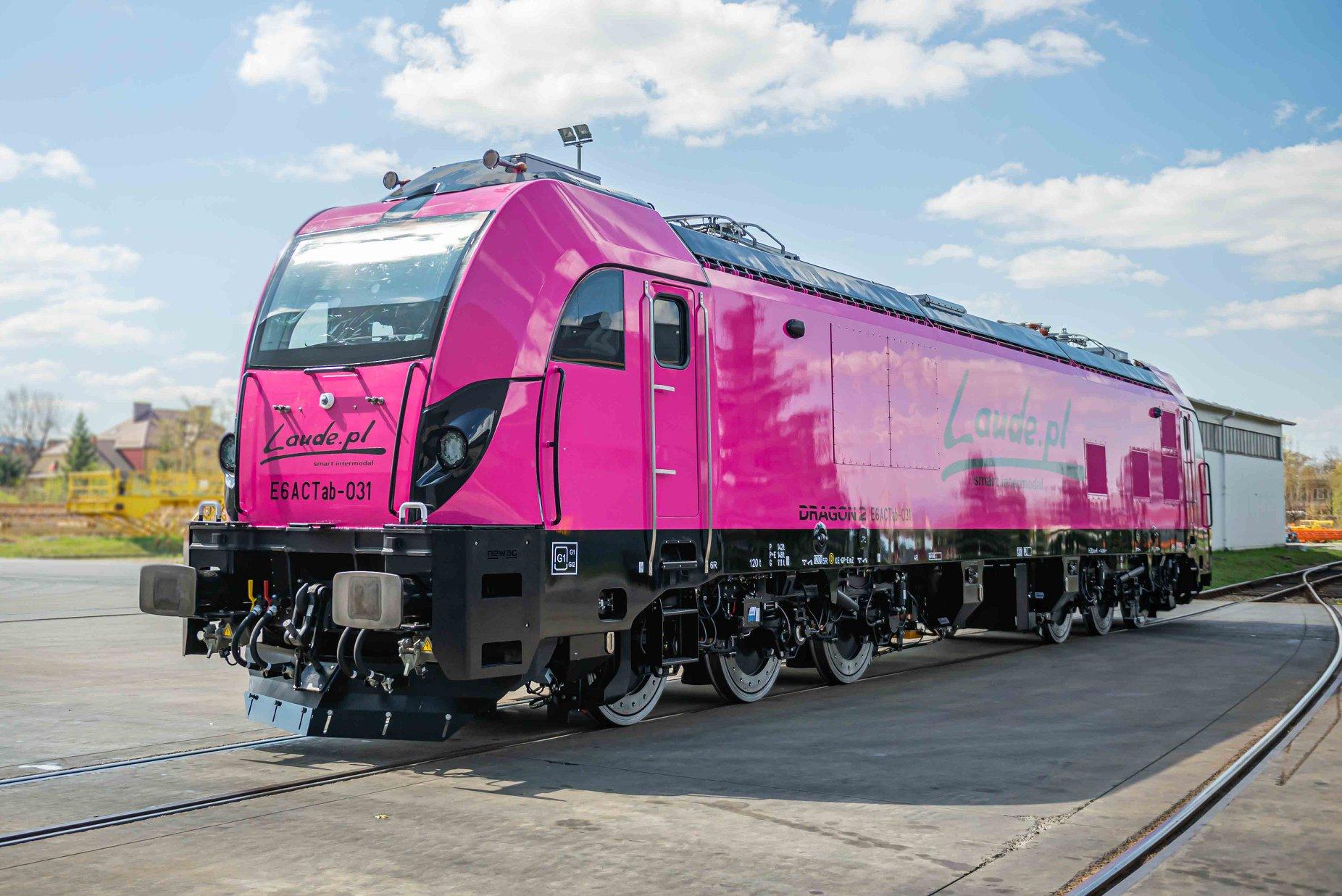 Newag Dragon 2 locomotive for Laude Smart Intermodal