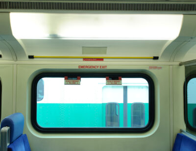 INPS Group Window Freezes for Mass Transit Vehicle Interiors