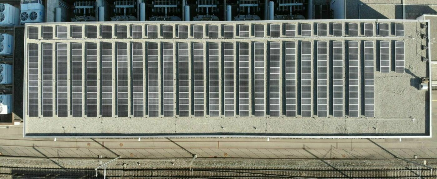 Solar panels on SBB's frequency converter