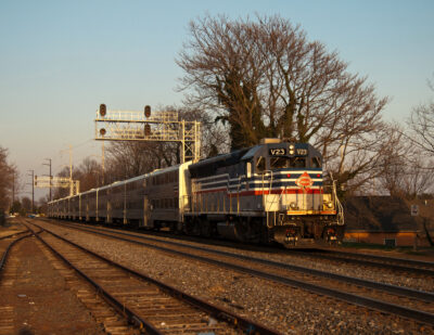 Keolis Renews Rail Contracts in US
