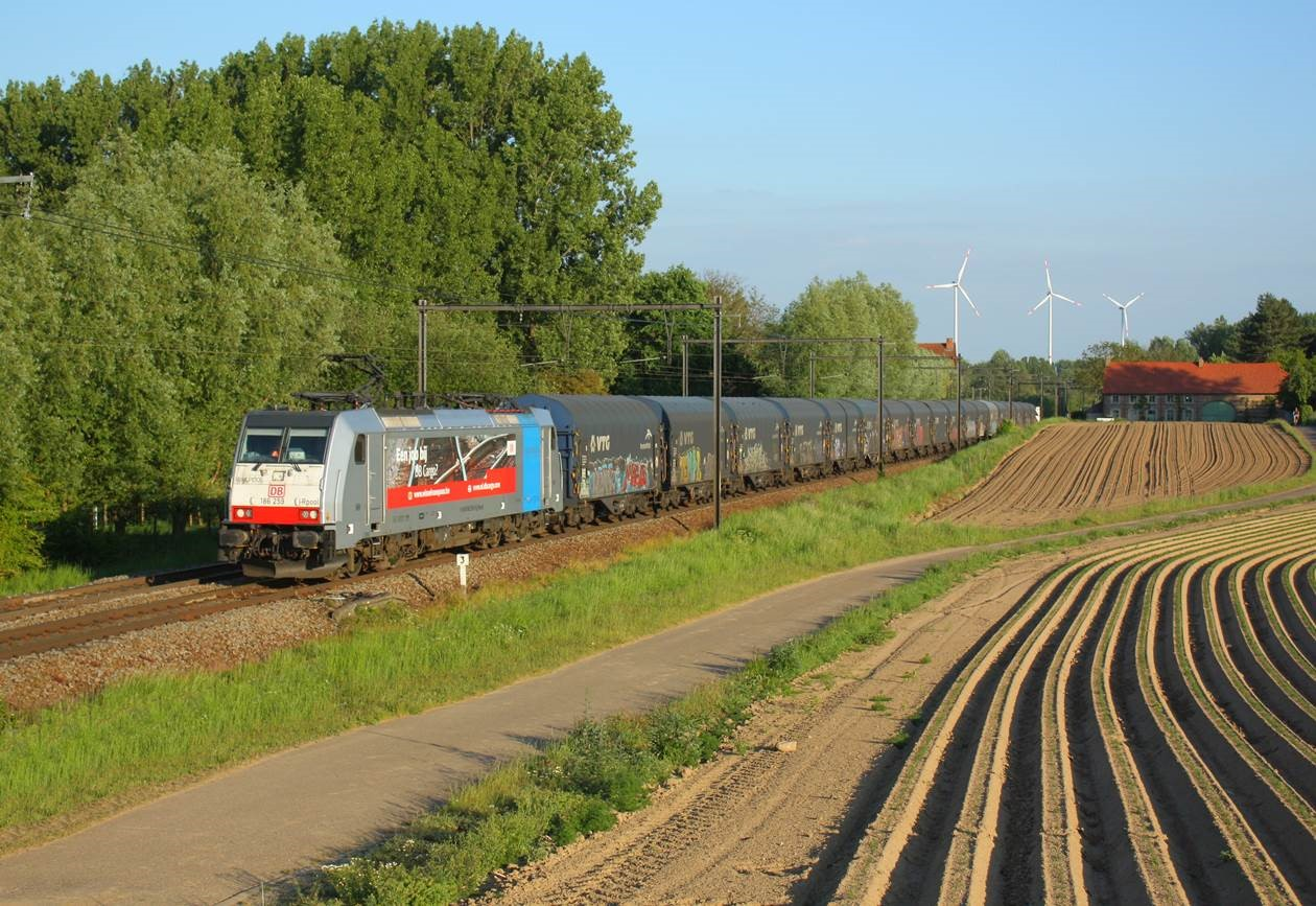 First DB Cargo Belgium train