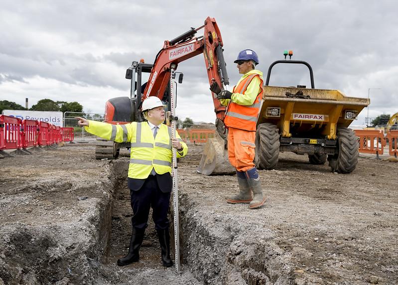 Boris Johnson marks start of construction at Goole