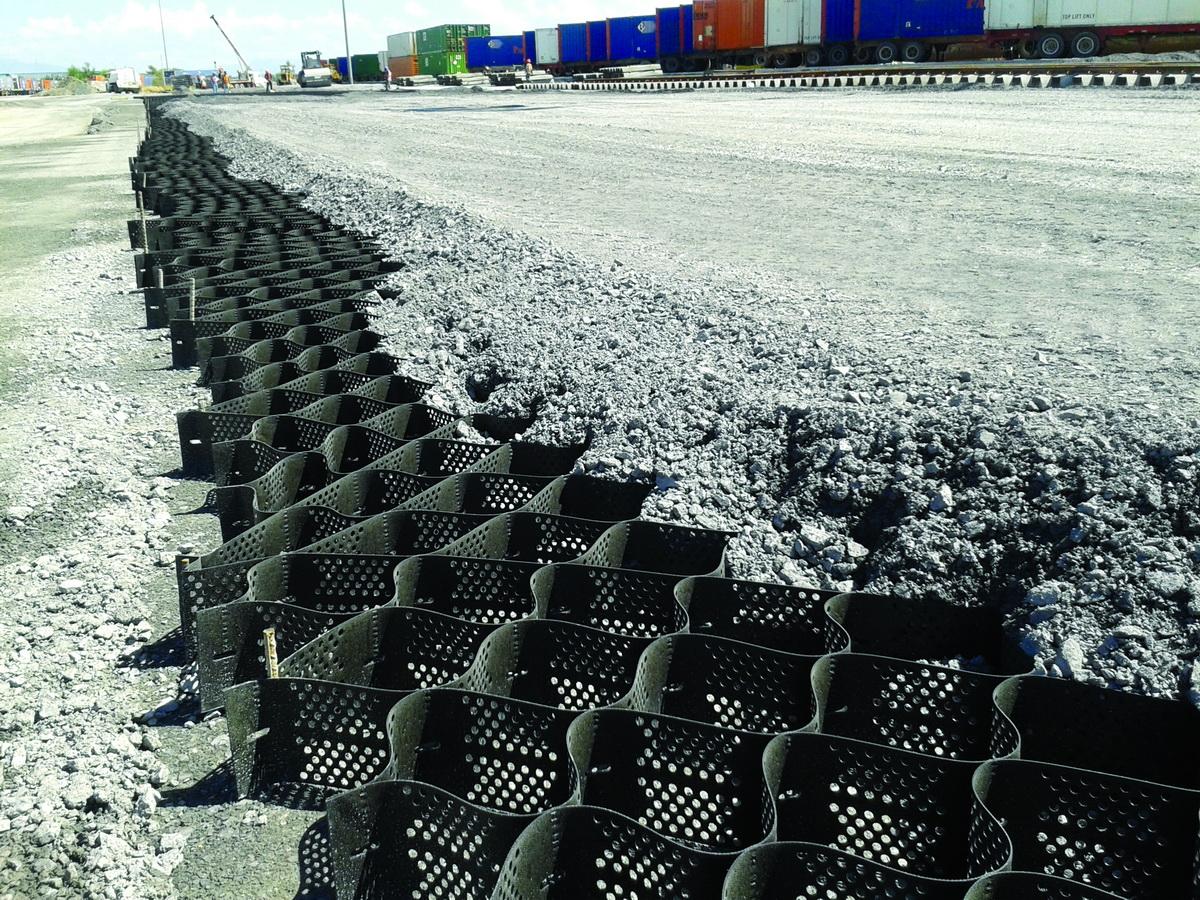Pavements at Bulk Material Handling Yards