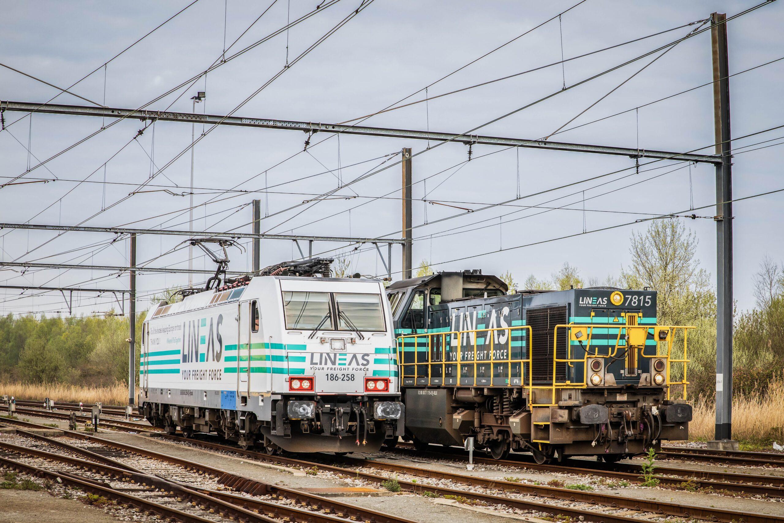 Lineas shunting locomotive