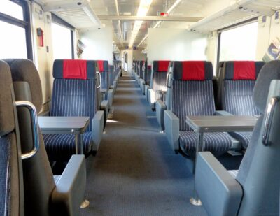 griwecolor Train Seats