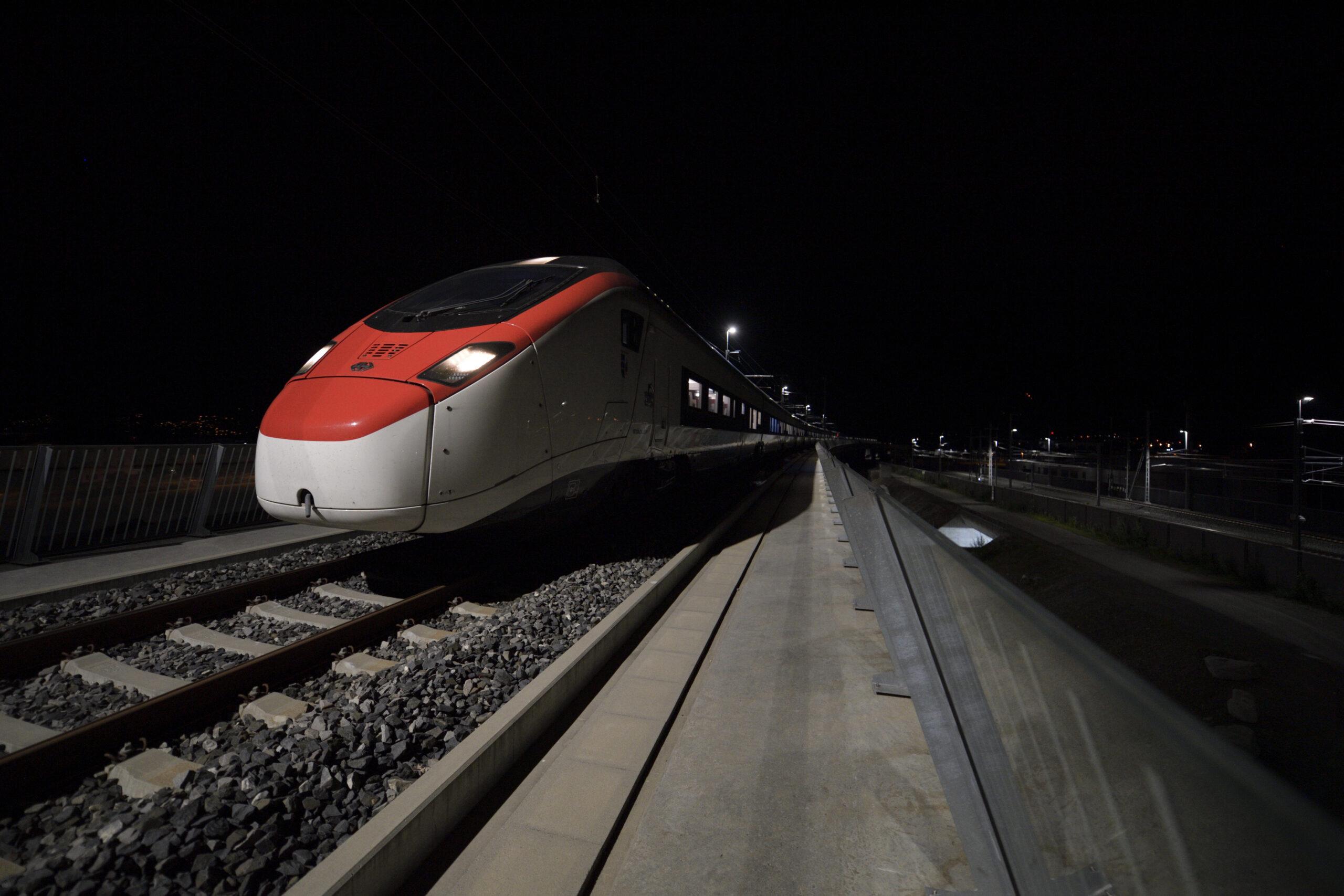 Giruno test run in the Ceneri Base Tunnel