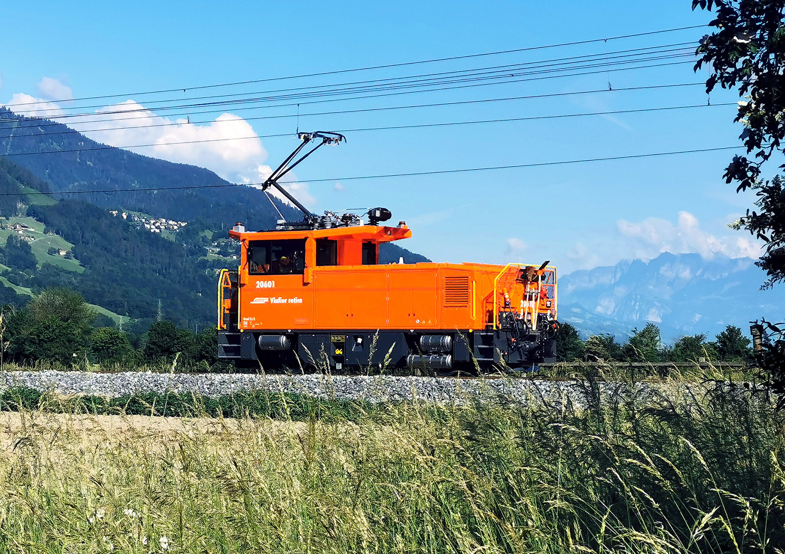 Stadler Geaf 2/2 shunting locomotive for Rhaetian Railway